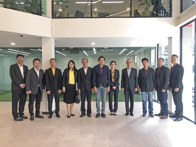 Visit Company06